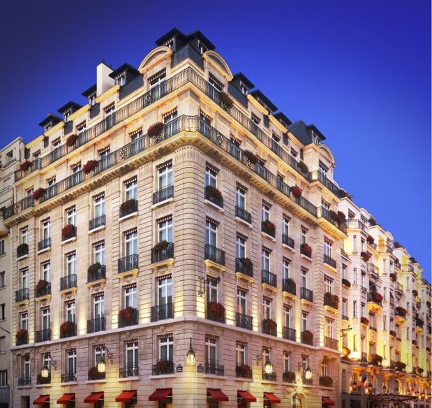 Le Bristol, seul palace parisien encore européen, est l'établissement qui a remporté les suffrages de l'étude réalisée par Consultourisme - Photo Bristol