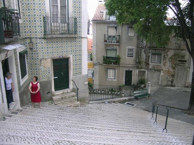 Lisbonne se prête à la balade pédestre, l'occasion de plonger dans une ville populaire, une fille de l'océan… avec quelques accents méditerranéens - DR : J.-F.R.