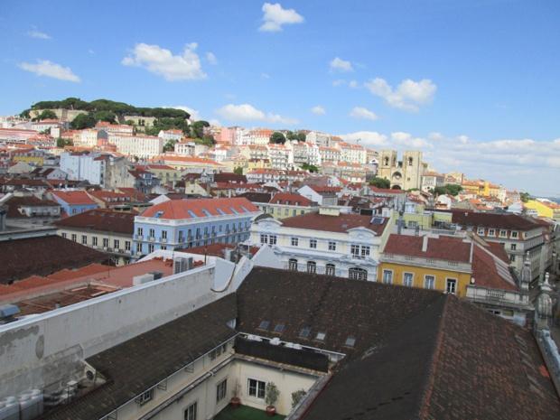 Vue sur Lisbonne du Mirador qui surmonte le célèbre Arc de Triomphe de la rue Augusta. Photo MS.