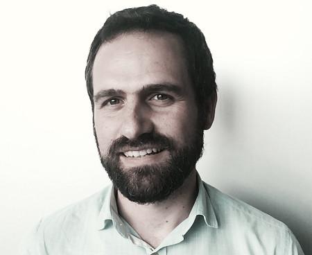 George Michalopoulos (35 ans) a rejoint Wizz Air en 2010 en tant que responsable de la tarification et de la gestion des recettes - Photo Wizzair