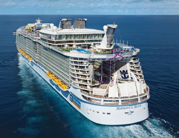 L'Harmony of the Seas peut transporter plus de 6 000 passagers et 2 300 membres d'équipage - Photo : Royal Caribbean International
