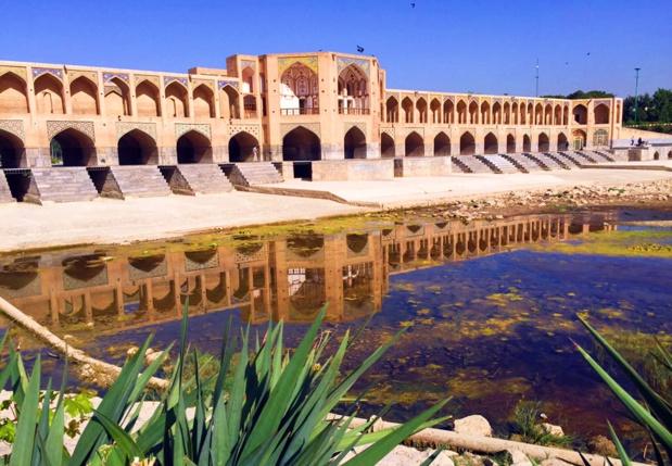 Ispahan, Pont des 33 arches, inscrit au Patrimoine de l'Unesco (Pour voir l'album photo cliquez sur la photo) /photos JDL
