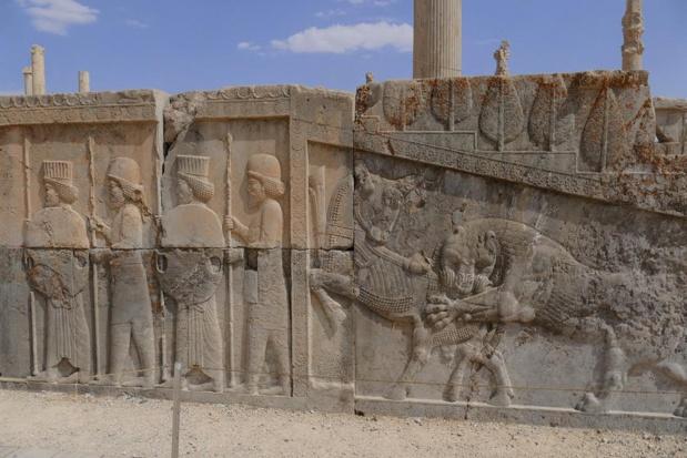 Les bas-reliefs de Persépolis racontent la longue et tumultueuse histoire de l'empire perse, né voici  2500 ans - Photo Bernard Moulin