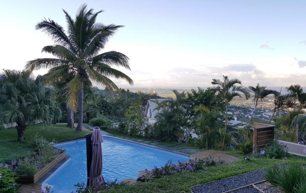 La Villa Roméo dispose de 5 chambres tout confort avec une superbe vue sur la forêt et l'océan - DR : A.B.