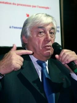 Philippe Demonchy a annoncé qu'il passerait la main à la nouvelle équipe lors de l'AG de mars 2005