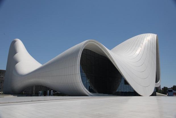 Azerbaïdjan : Centre culturel Heydar Aliyev - Photo : Chantha Chea