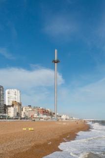 L'i360 British Airways détient le record mondial Guinness pour la tour la plus « svelte » du monde, avec un diamètre de 3,9 mètres pour 160 mètres de hauteur © BAi360