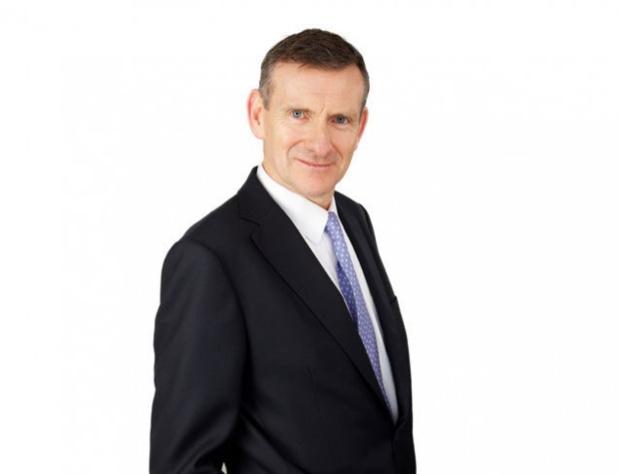"""Michael Healy, directeur financier du groupe : """"Le résultat d'exploitation pour la zone Europe continentale qui était positif (£ +7 M) l'année dernière s'est réduit de 10 millions, pour passer dans le rouge à - £ 3 millions, une perte principalement portée par la Belgique"""" - Photo Thomas Cook Plc"""