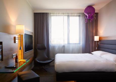 L'hôtel Moxy de Francfort compte 176 chambres - Photo : Moxy Hotels