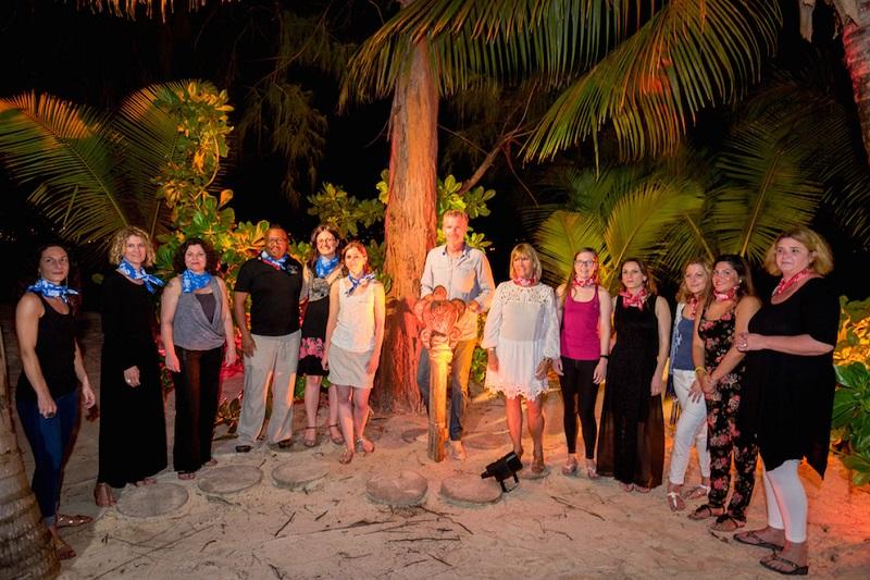 En mars 2017, les 10 meilleurs vendeurs et 1 vendeurs tiré au sort embarqueront à bord d'un vol Air Mauritius, direction le Dinarobin Hotel Golf & Spa en compagnie de Denis Brogniart, pour un séjour aventure et art de vivre de 4 nuits - DR