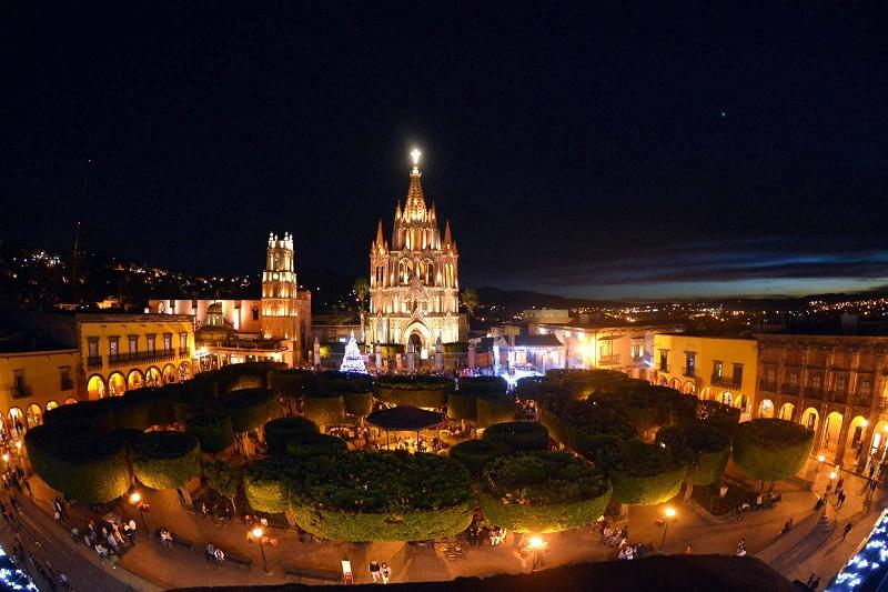 San Miguel de Allende vue de nuit - DR