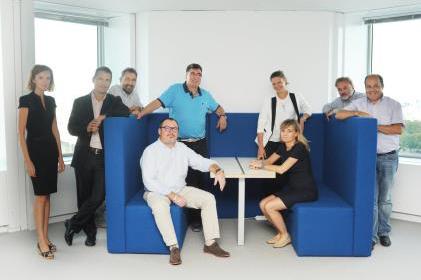 Une équipe intégrée et pluridisciplinaire de 20 experts totalement dédiés au projet, issus de SNCF et d'Alstom, travaille désormais sur un site unique et autonome, situé avenue du Maine à Paris - DR
