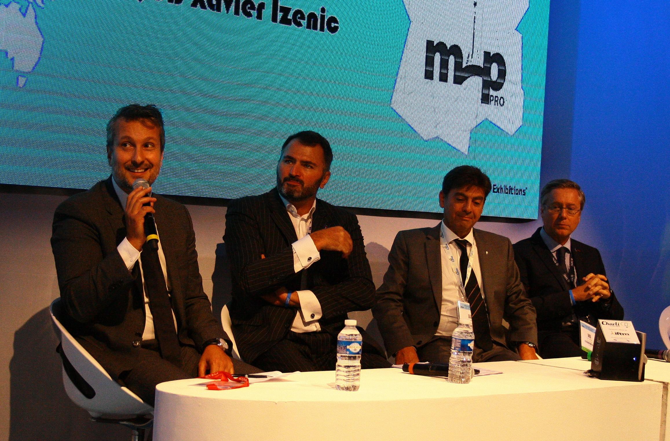 De gauche à droite : Hervé Bellaïche, DGA du Ponant, Antoine Lacarrière, DG Croisières de France, Georges Azouze, PDG Costa Croisières France et Patrick Pourbaix, DG MSC Croisières France - DR : H.L.