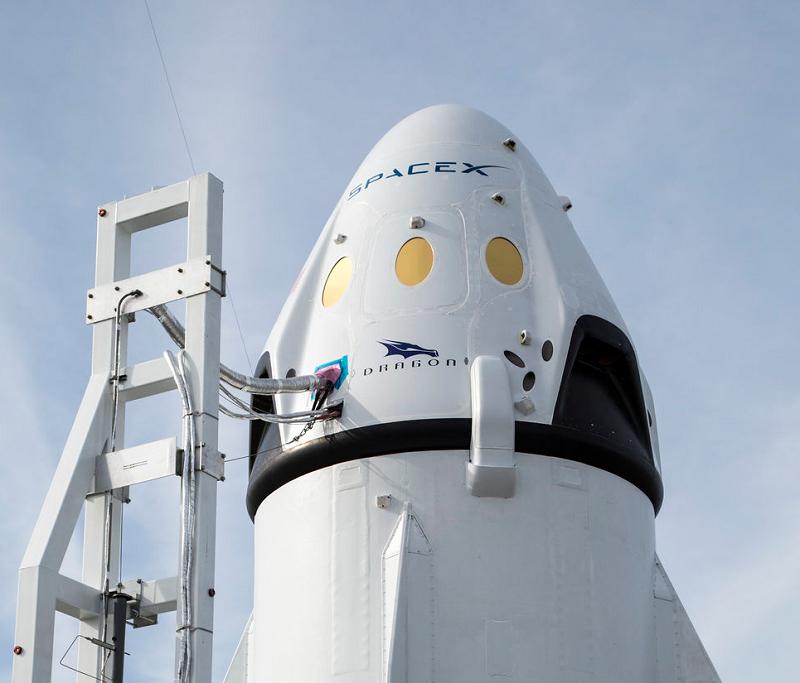 Elon Musk, le patron de Space X, a évoqué son souhait de faire décoller le premier vol habité vers la planète rouge en 2024 - Photo Credit — SpaceX