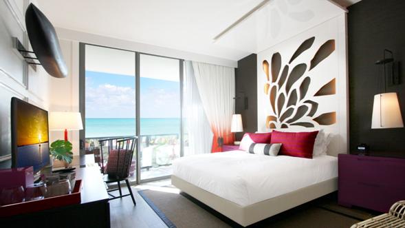 Une chambre de l'hôtel Kimpton Seafire Resort & Spa à Grand Cayman - DR