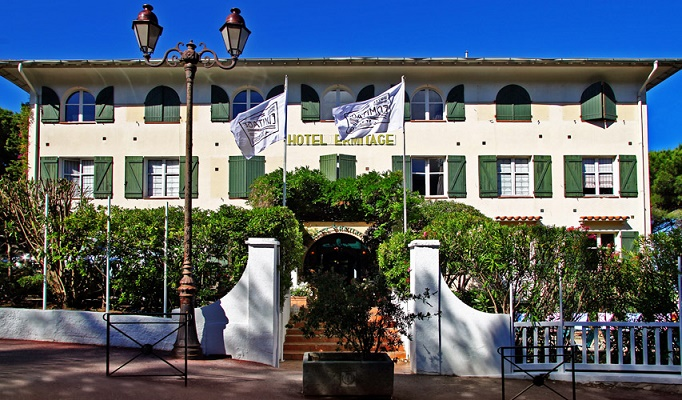 L'Hôtel Ermitage de Saint-Tropez compte 24 chambres et suites - Photo : H8 Collection