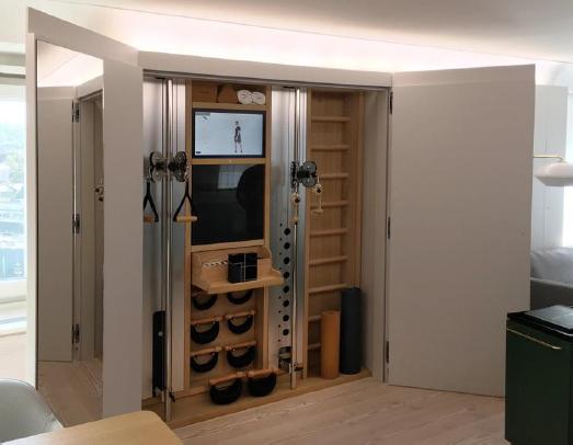 Le Nohrd Wall s'intègre à la chambre d'hôtel pour permettre aux clients de faire du sport sans en sortir - Photo : NOHrD