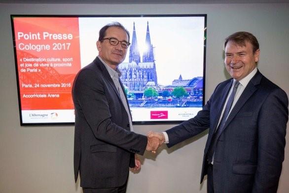 Photo Germany Travel (de gauche à droite) : Nicolas Lefebvre, Directeur Général de l'Office du Tourisme et des Congrès de Paris; Josef Sommer, Directeur Général de KölnTourismus.