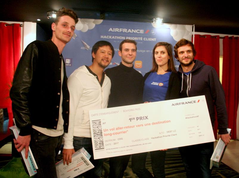 Félicitations aux lauréats externes du Hackathon : AF Botline (c) Johanna Gutkind