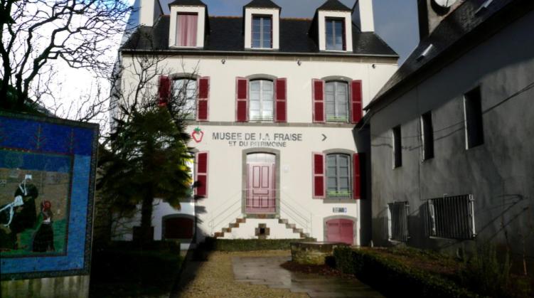 Photo: Musée de la Fraise et du Patrimoine