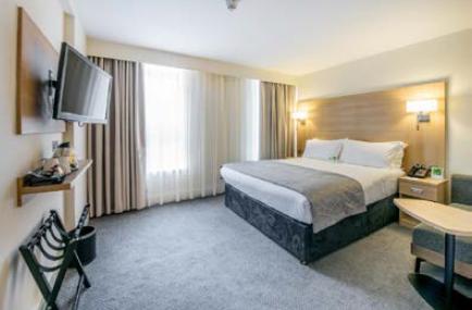 Le Holiday Inn London-Kensington est l'un des plus grands de l'enseigne en Europe avec plus de 700 chambres - Photo : IHG