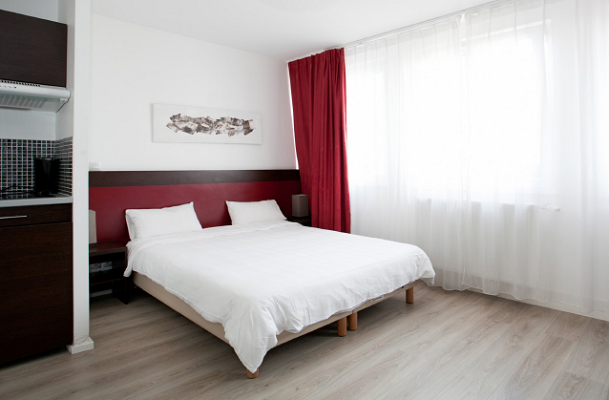 The Residhotel Lille Vauban features 20-40 m2 studios and apartments - Photo : Residhotel