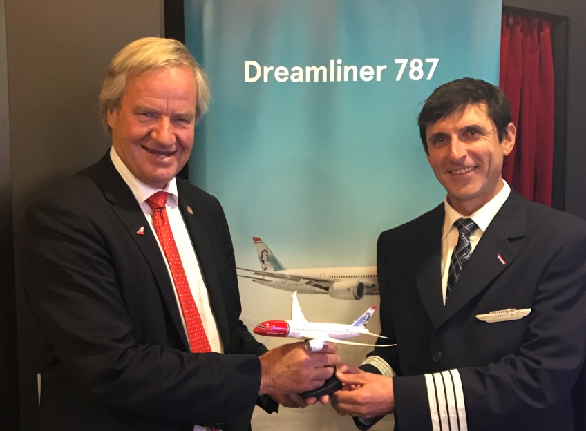 Philippe Duforest, à droite, est pilote chez Norwegian - Photo  DR