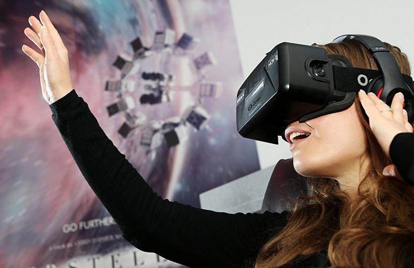 L''étendue de possibilités et le champ d'actions sont très vastes pour les entreprises souhaitant investir et exploiter la réalité augmentée et virtuelle (c) Fracebook Réalité Virtuelle : François Bou