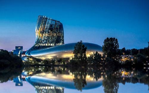 Grand succès pour la Cité du Vin pour ses 7 premiers mois d'ouverture - Photo :     ©XTU architects - Photo: Axel Feris
