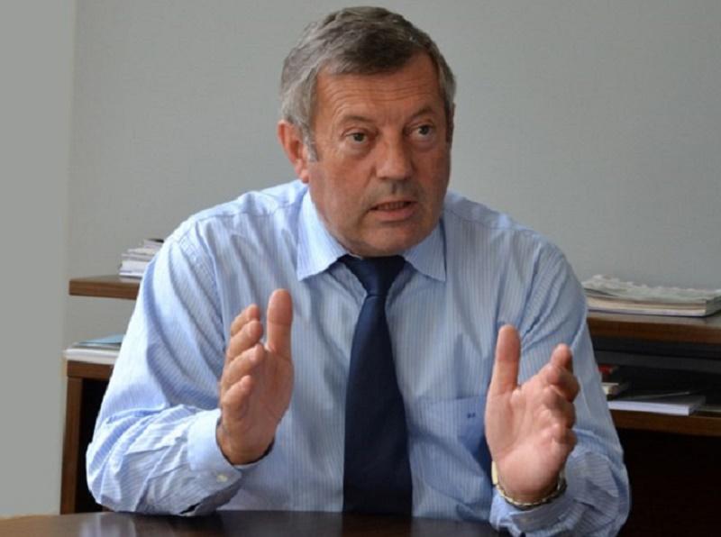 """Roland Héguy : """"Laurent Fabius s'est d'ailleurs investi considérablement pour notre secteur en présentant un plan d'action ambitieux en faveur d'un tourisme français, leader mondial"""" - DR : UMIH"""