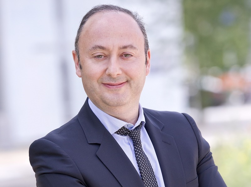"""L. Abitbol : """"Pour 2017, je n'attends rien de particulier de la part du futur Président de la République. Seulement des mesures fiscales favorables pour la croissance des entreprises"""" - DR : Marietton"""
