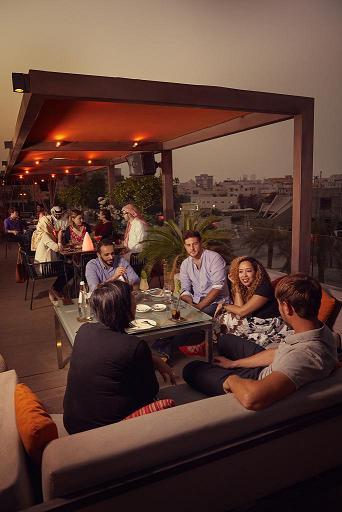"""Une soirée entre amis dans un contexte serein et """"safe"""" - Photo : BTEA"""