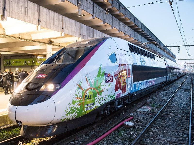 En début de semaine dernière, la SNCF présentait ses fameuses lignes à super grande vitesse, TGV Océane et TGV Ouest.  Une super innovation, mais en voyant les tarifs, on rigole moins - DR : SNCF
