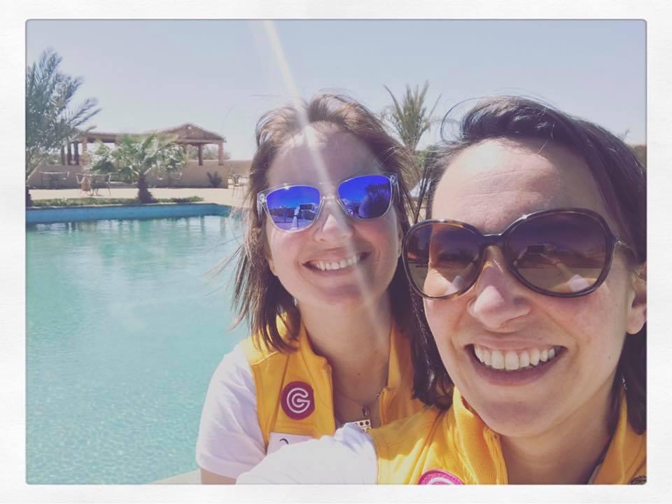 Armelle et Caroline au Maroc une journée avant le Prologue - Photo AM.
