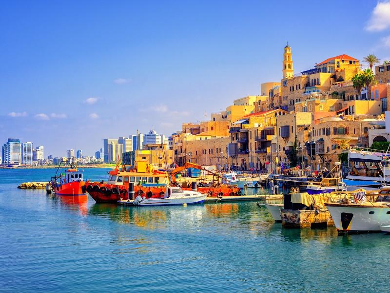 Le port de Jaffa, à Tel Aviv, résume bien les différents aspects que peuvent trouver les voyageurs en Israël - Photo : Boris Stroujko-Fotolia.com