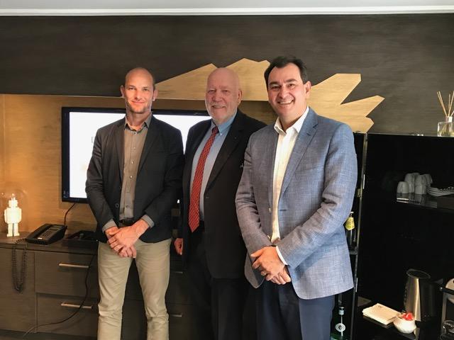 De gauche à droite: Blaise Borezée, DG Interface, Gaël de la Porte du Theil, Président d'Interface et Pierre-Eric Remoleux, Président d'Indigo Unlimited - Photo DG