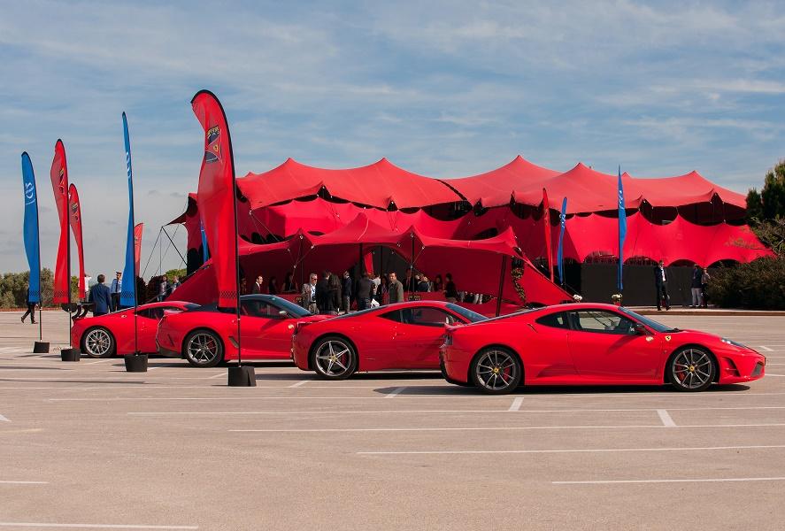 Ferrari Land rend hommage aux voitures Ferrari et à l'histoire de la marque - Photo : PortAventura World