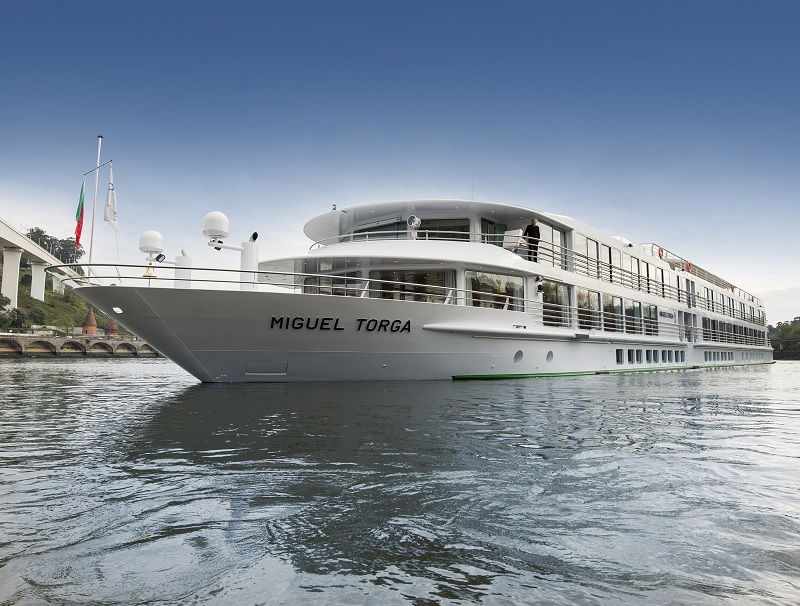Long de 80 mètres et large de 11,40 mètres, le MS Miguel Torga est 5 mètres plus long que les premiers navires conçus pour le fleuve - Photo : CroisiEurope