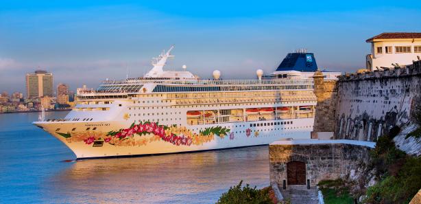 Le Norwegian Sky a fait escale à La Havane pour la première fois mardi 2 mai 2017 - Photo : Norwegian Cruise Line
