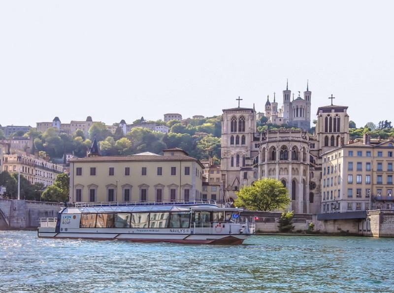 Le nouveau bateau du groupe Lyon City Boat accueille depuis le 3 mai 2017 150 passagers à son bord. DR: Benoît Martin