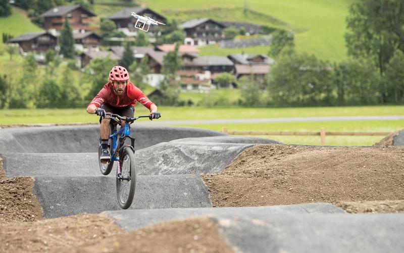 La Suisse à vélo : Gstaad, la sportive authentique