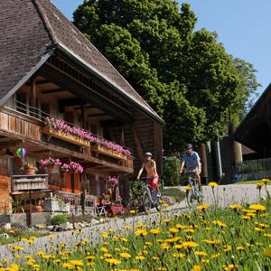 En tour sur la route du fromage de l'Emmental - ©Emmental Tourisme