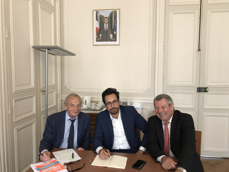 Mounir Mahjoubi a rencontré Roland Héguy et Jacques Barre - Photo : UMIH