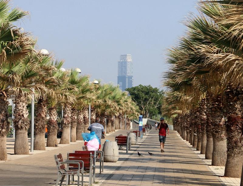 En Israël, la vie bât plus fort, enfiévrée par des lendemains indécis - DR : J.-F.R.