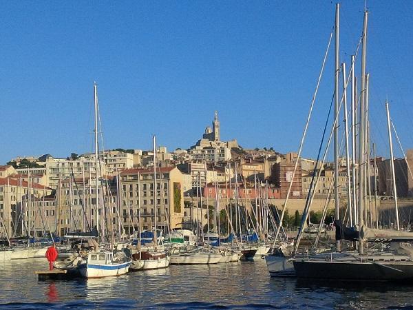 Les touristes français représentent cet été 48,5% des visiteurs à Marseille contre 44% en 2016 - DR : Aurélie Resch