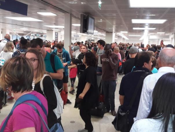 La pagaille à l'aéroport de Paris Orly, en juillet 2017 © DR MS