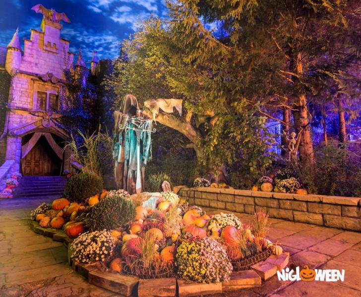 Nigloland prépare une décoration effrayante pour Halloween 2017 - Photo : Nigloland