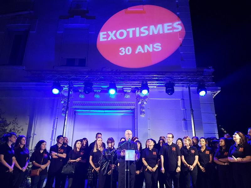 Gilbert Cisneros, fondateur d'Exotismes entouré de ses équipes lors des 30 ans d'Exotismes à Marseille - DR Photo CE TourMaG.com