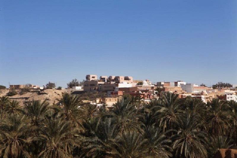 """A Nefta, au sud de la Tunisie, la philosophie de Dar Hi Life résonne ainsi: """"s'adapter sans vouloir tout changer"""". Photo: Dar Hi Life"""