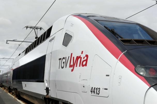 DR : TGV Lyria.